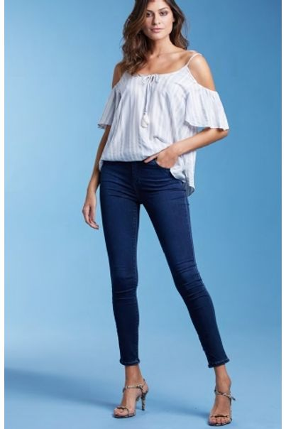 calca-skinny-jeans-escuro-lyme