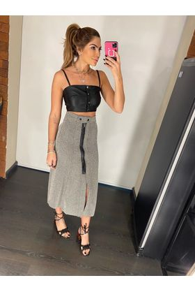 Cropped-Preto-Botoes-Courino